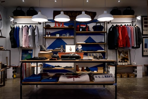 How-to-pack-everything-in-a-retail-store-in-Chicago